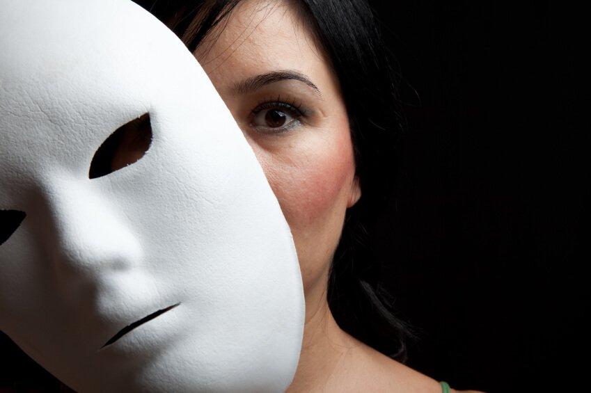 5 Dicas Infalíveis Para Detectar Uma Pessoa FALSA