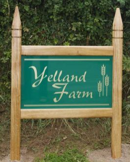 Oak Entrance Sign with Green Aluminium Composite inner