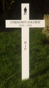 Oak memorial cross painted white