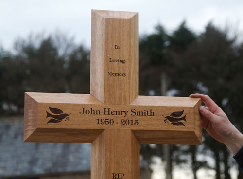 The Mega Cross can be engraved on either side