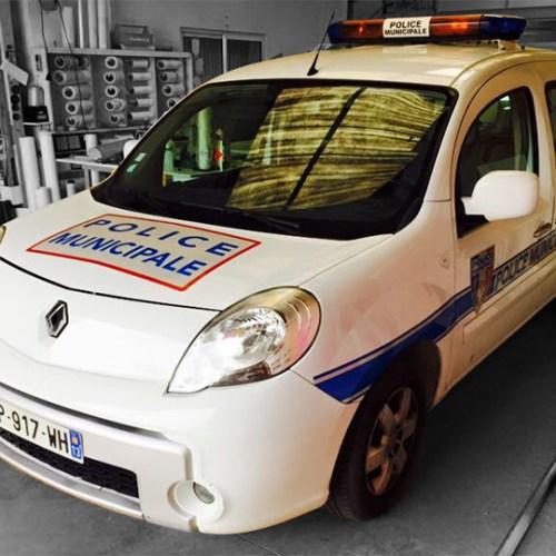 marquage sur véhicule de police municipale