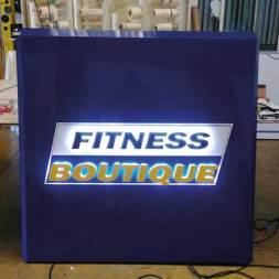 Enseigne éclairage indirect fitness boutique
