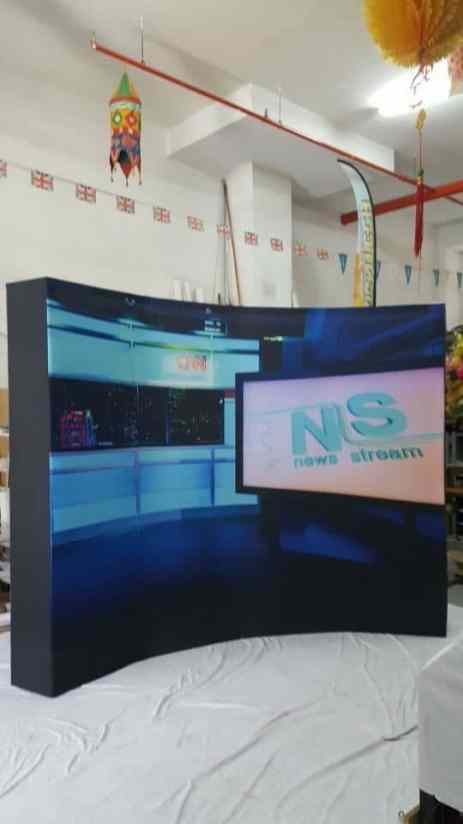 3 x 2.25m Fabric pop up display curve