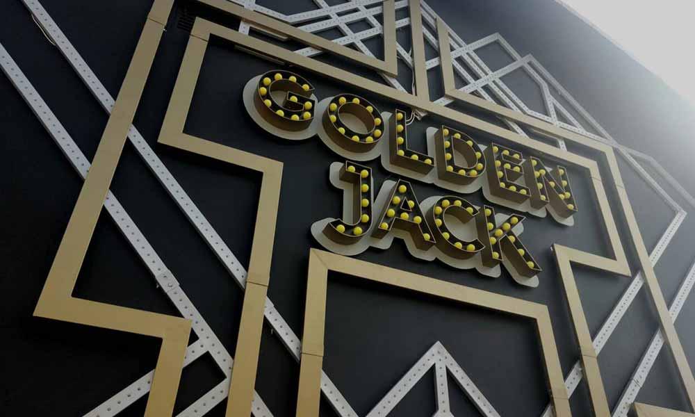 Наружная реклама казино Golden Jack