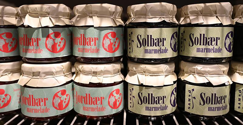 Produktdesign til Samsø Bær marmelader. Set i SuperBrugsen.