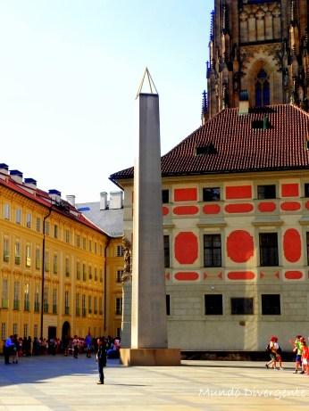 Obelisco en Praga