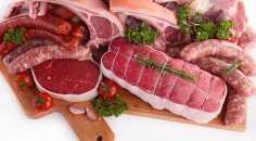 كمية أقل من اللحوم واللحوم المدخنة