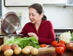 طب الشيخوخة .فقر الدم يساهم في الانحدار المعرفي لدى كبار السن