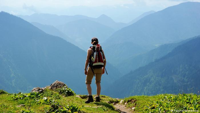هيا إلى الجبال…