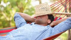 دراسة … النوم لتهدئة الأدمغة القلقة