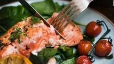 كيف يساعد تناول الأسماك على حماية الدماغ من سموم تلوث الهواء؟