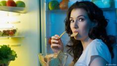 الثلاجة قد تتسبّب بضرر لمجموعة من الأغذية