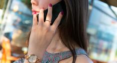 بهذه الخطوات  تحمي نفسك من مخاطر أشعة الهاتف المحمول