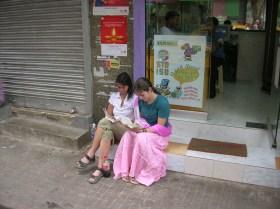 Waiting for breakfst - Kolkata