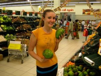 Savannah checking out the mangos
