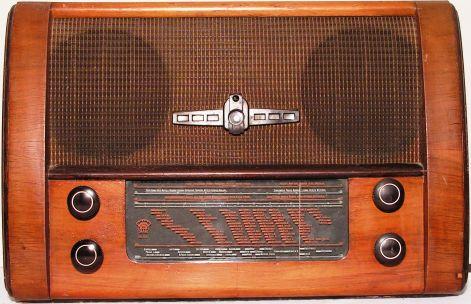 Az Annus néni-féle rádió is valahogy így néz ki A kép forrása Sík Béla