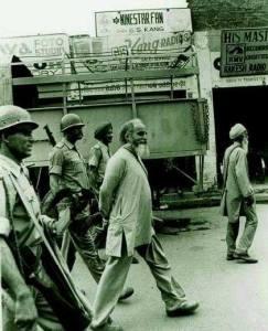 Bapu Surat Singh ji being taken away for illegal detainment by Punjab police in 1980's.