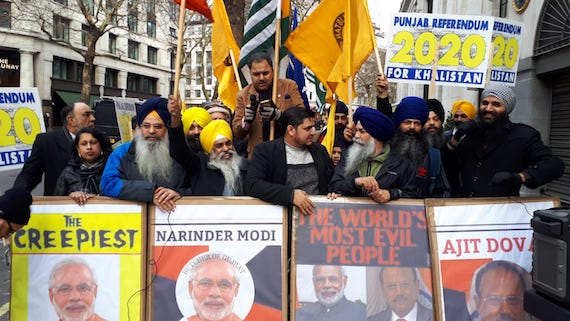 Sikhs-and-Kashmiris-protest-in-London.jpg (570×321)
