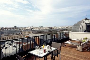 Grand-Hôtel-du-Palais-Royal-Suite-Panoramique--terrasse-Silencio