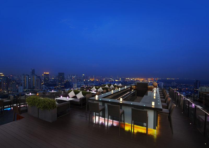 ZOOM SkyBar Anantara Sathorn Bangkok
