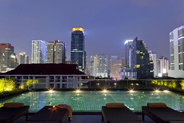 hotel-bangkok-piscine-toit-u-sukhumvit-silencio