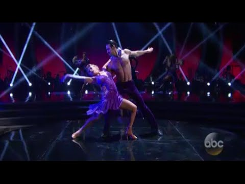 Nyle & Peta silence the 'Dancing With the Stars' competition with powerful paso doble
