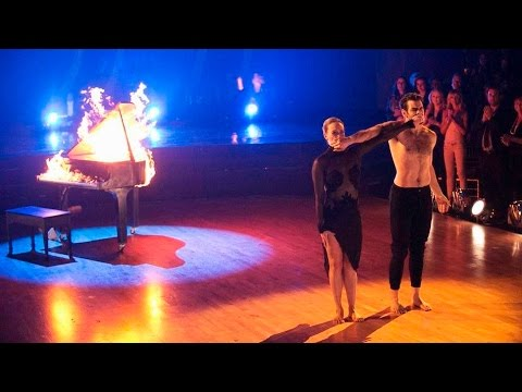 """NYLE AND PETA FREESTYLE """"THE SOUND OF SILENCE"""" BY DISTURBED [LIVE ON DANCING WITH THE STARS]"""