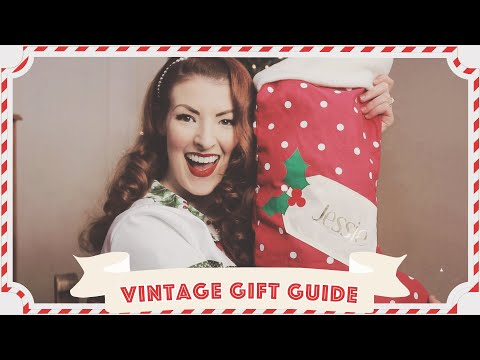 Vintage Christmas Gift Guide // Vlogmas Day 14