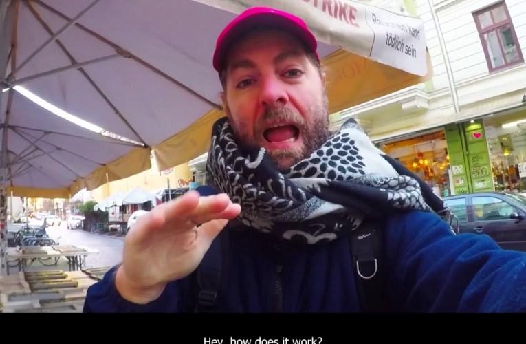 Hamburg: Bus Tour With A Deaf Friend