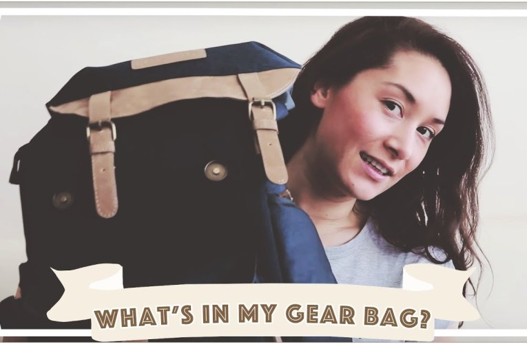 What's In My Camera Bag? / Travel Vlogging Equipment [CC]