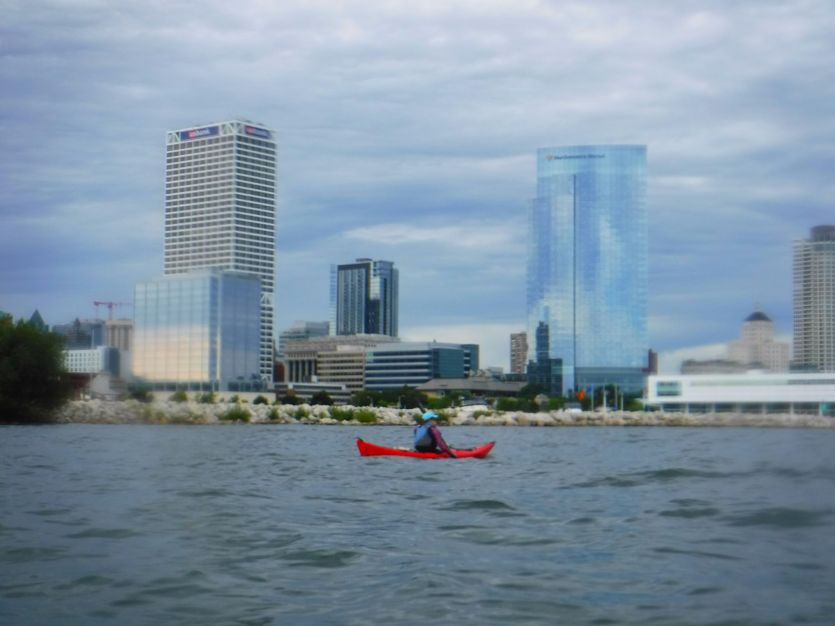 sea kayaking in Milwaukee