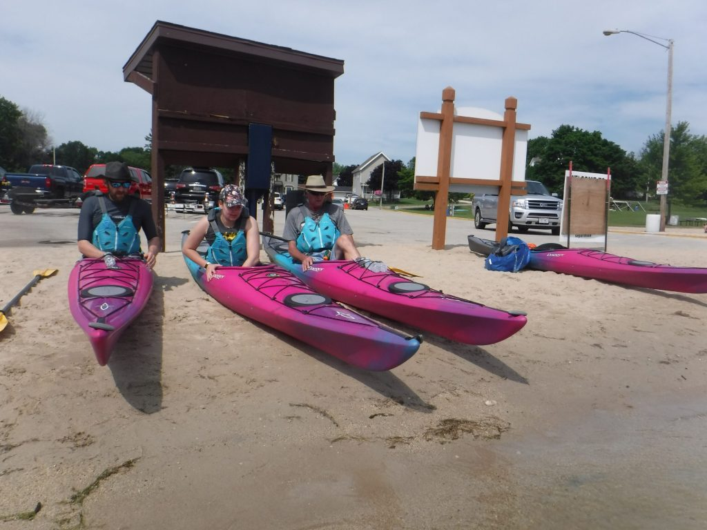 adjusting the kayak at Random lake