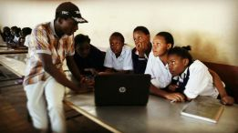 Shem Manyu takes Victorians Girls students on HTML basic