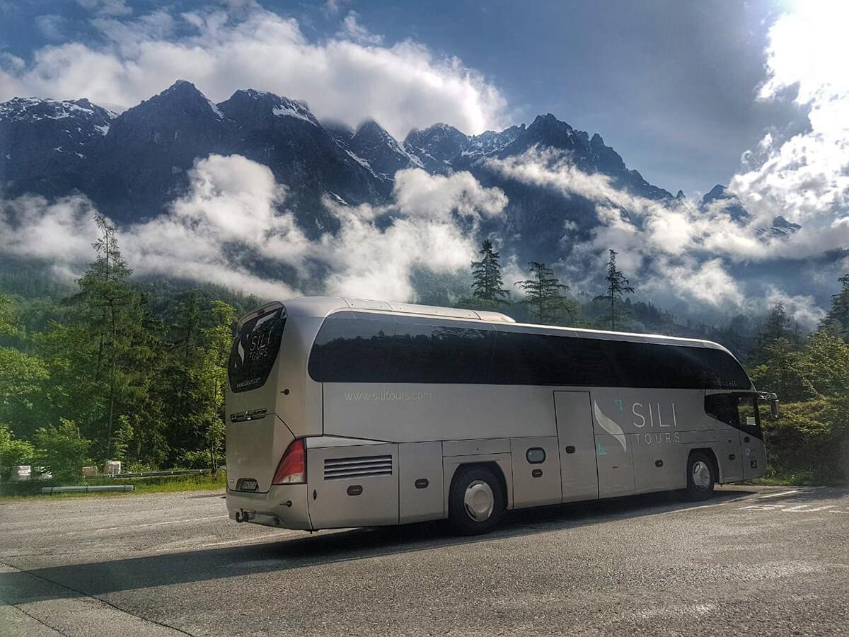 Sili Tours - blog Alpy autobus Neoplan Cityliner