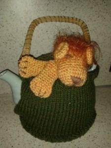 leo teapot cozy