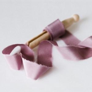 Seidenband lila