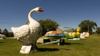 Fiberglass Goose - F.A.S.T. - Fiberglass Animals, Shapes & Trademarks in Sparta, Wisconsin