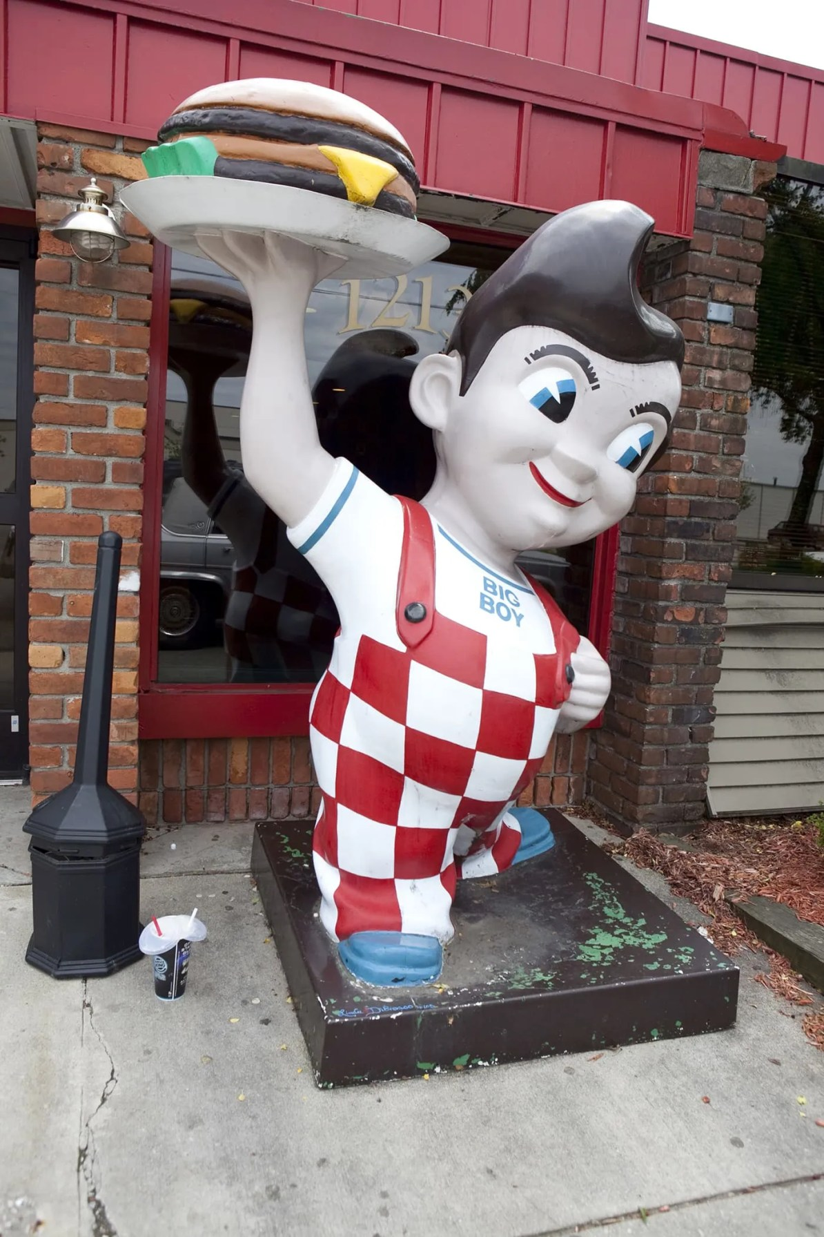 Big Boy Statue - I-94 Exit 138 in Michigan