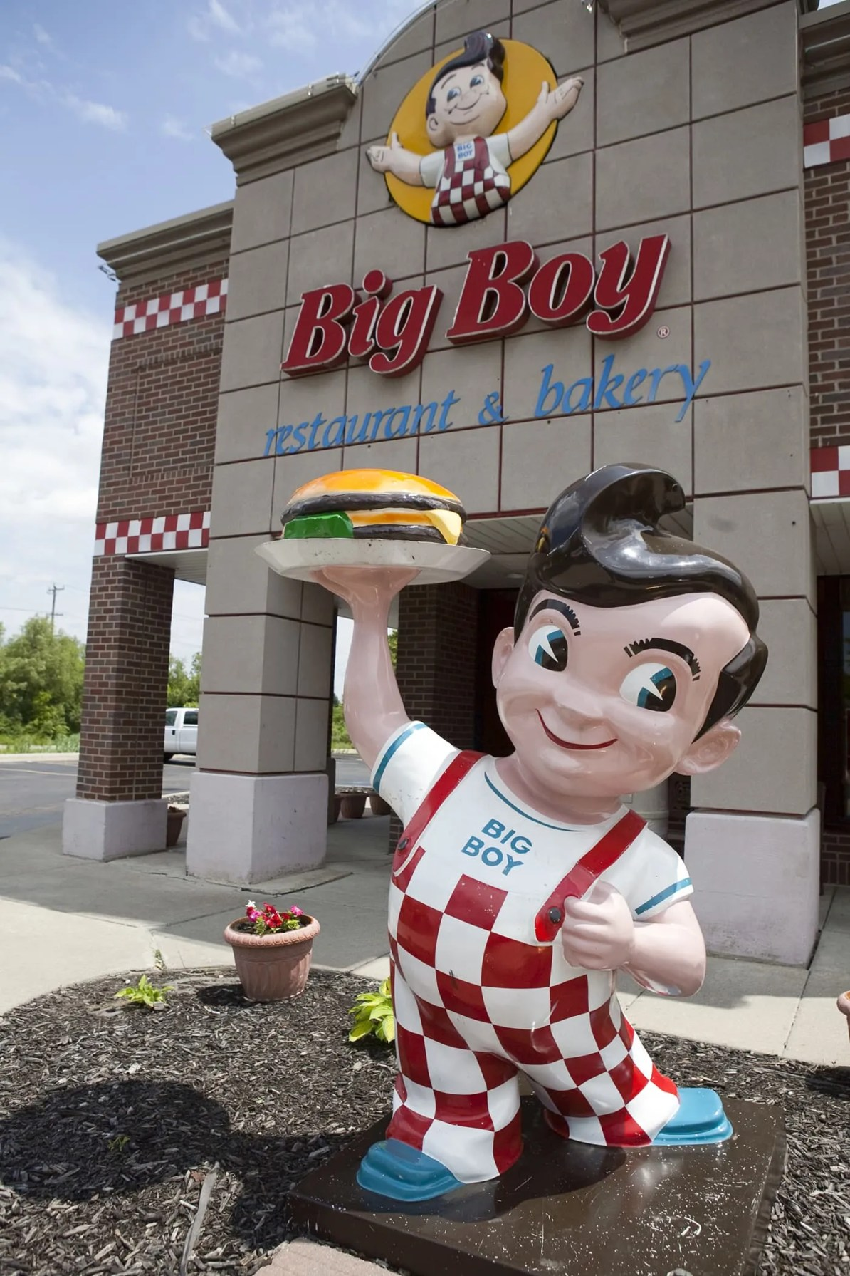 Big Boy Statue - I-94 Exit 175 in Michigan