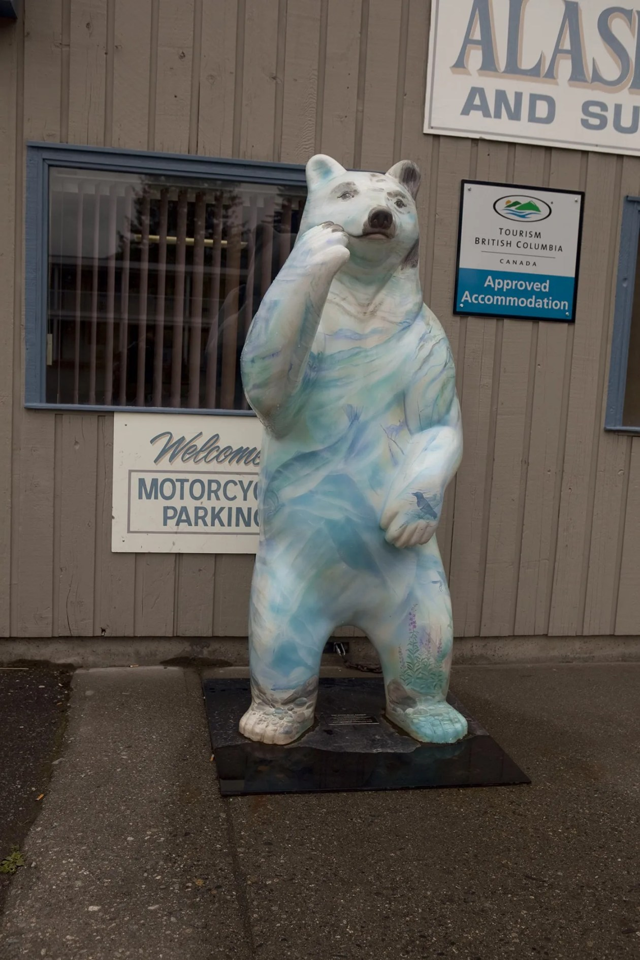 Painted polar bear in front of King Edward's Lounge in Stewart, British Columbia, Canada.