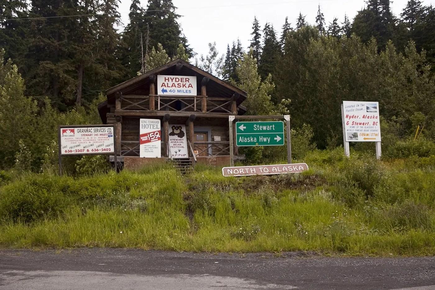 Meziadin Junction a Hyder Alaska Visitor Information
