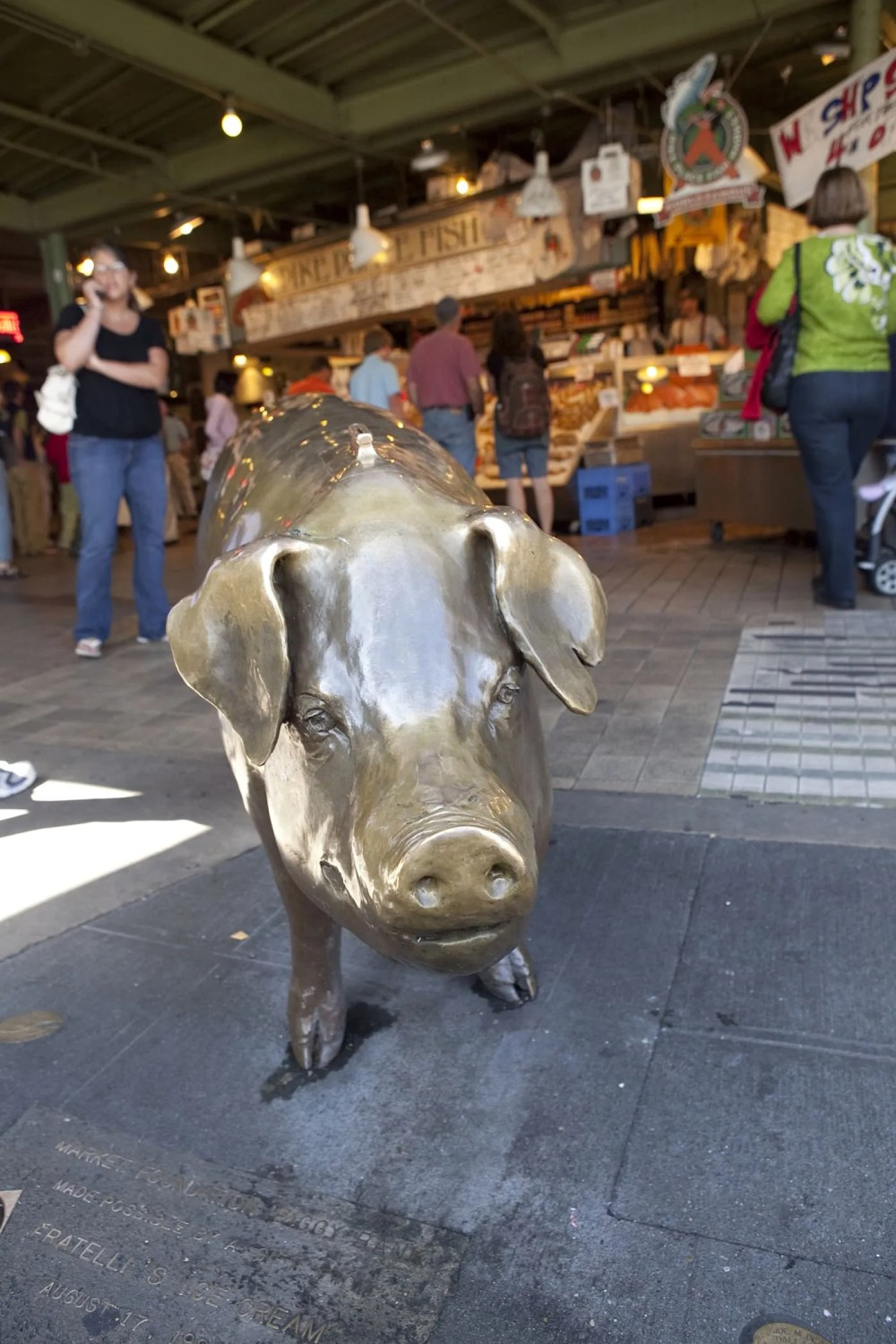 Rachel the Pig at Pike Place Market in Seattle, Washington