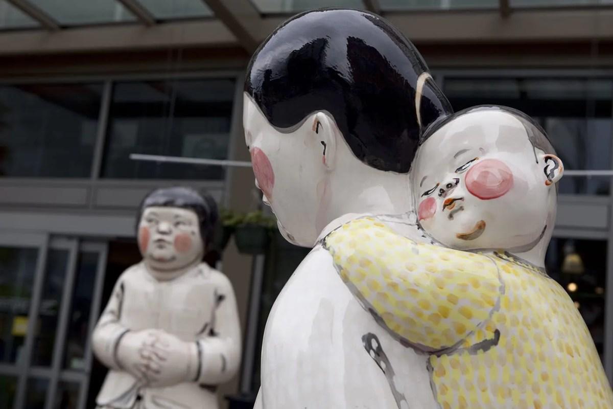 Akio Takamori's Young Woman, Girl, Mother and Child