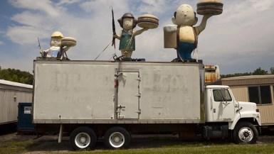 A&W Burger Family, a roadside attraction in Rolla, Missouri