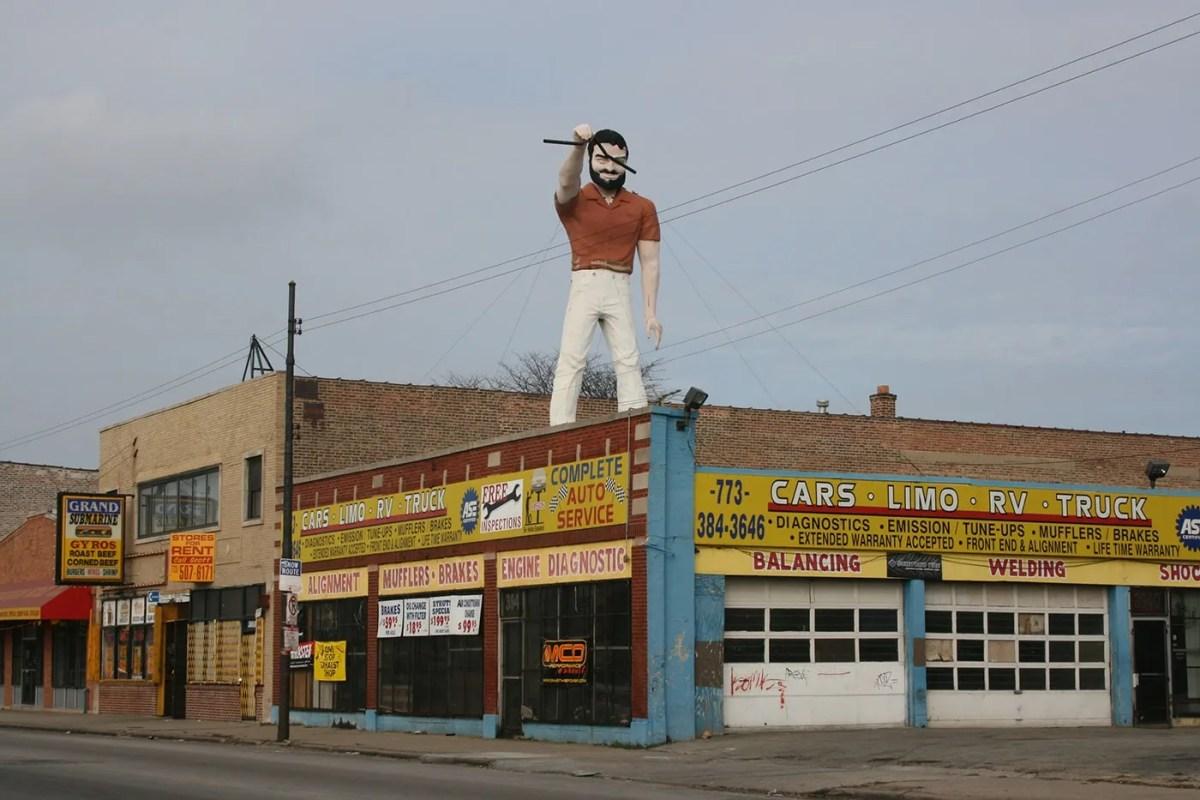 Mr. Bendo Muffler Man in Chicago, Illinois