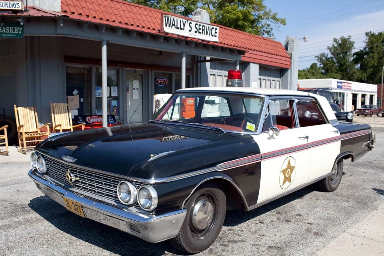 Wally's Service in Mount Airy, North Carolina - Home of Mayberry and Andy Griffith