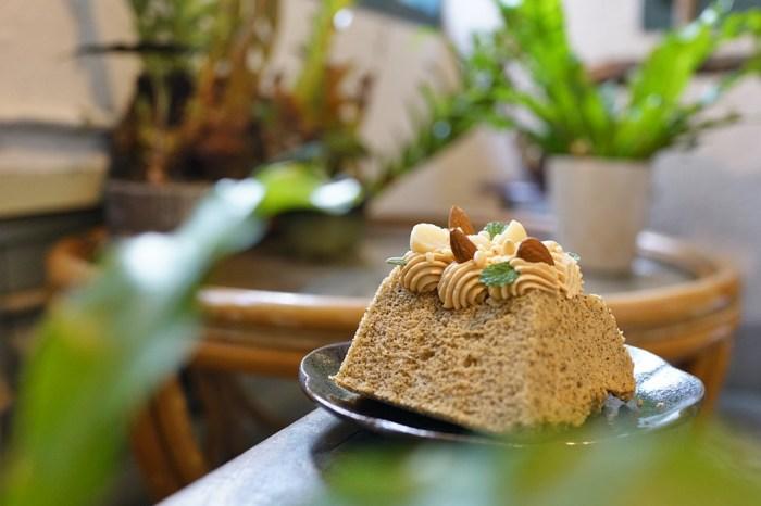 新竹下午茶│綠境甜點工作室 Midori Pastry。隱藏在麵店樓上的神秘老宅咖啡廳*