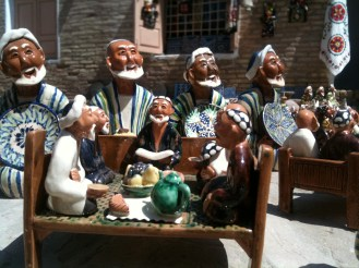 Ceramic dolls made by Uzbek