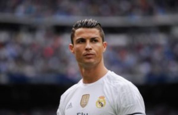 Crisatiano Ronaldo is one of the Top 10 Fastest Football Players in the World