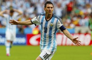 Magnificent Messi hat-trick sends Argentina to the World Cup (VIDEO)